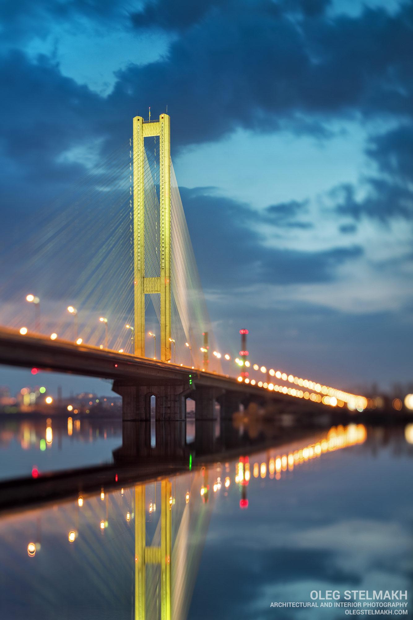 Вечерний Киев. Южный мост